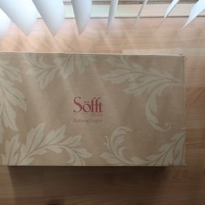 Sofft Shoes - Sofft boots brand new